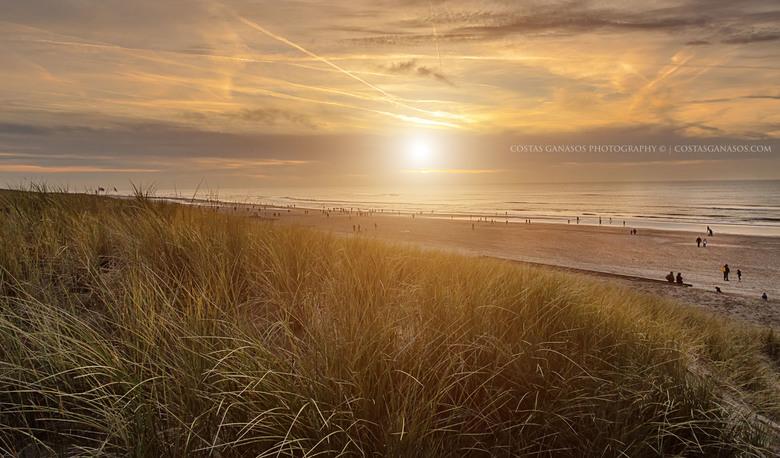 A winter day at the beach - Een mooi zonsondergang bij Egmond aan Zee