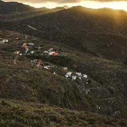 Zonsondergang in het dal