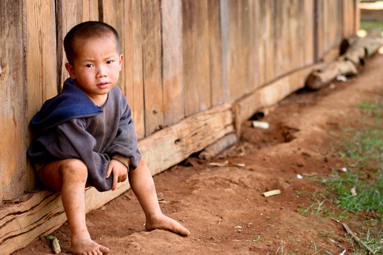 Laos - Tijdens onze wereldreis brengen we een bezoek aan Laos, een land dat ontzettend veel te verduren heeft gekregen tijdens de Vietnam oorlog. We b