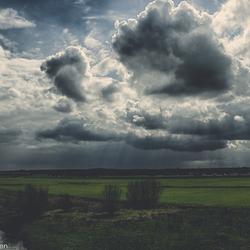 Wolken langs de IJssel