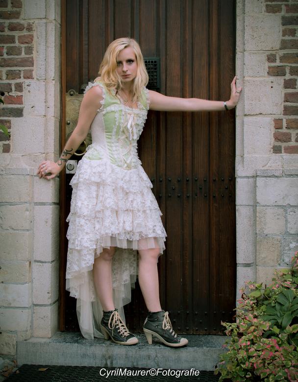 Daphne De Ren  - Model : Daphen De Ren<br /> Mau : Shannen Trines<br /> Fotograaf : Cyril Maurer