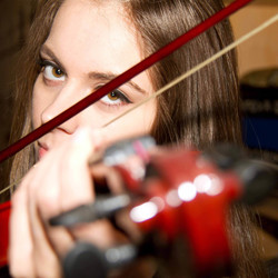 Nikki speelt viool