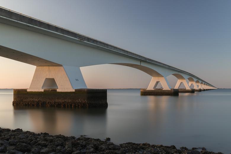 Zeeland brug - Zeelandbrug bij zonsondergang.<br /> <br />