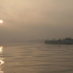 Foggy Sunday morning at the Maas River