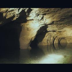 Blue Lagoon... ondergronds meertje in een grot