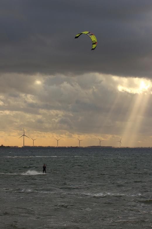 kitesurfer2 - Kitesurfer op het Grevelingenmeer.