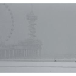 In de sneeuw, op de fiets, over het strand, naar de pier