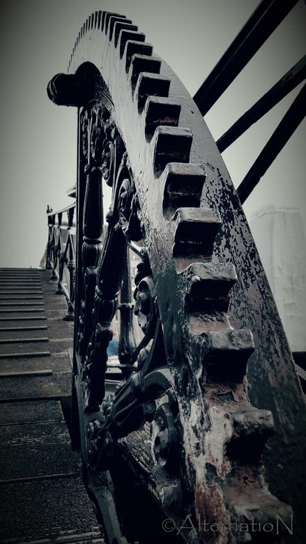 Lange ijzerenbrug (Dordrecht)