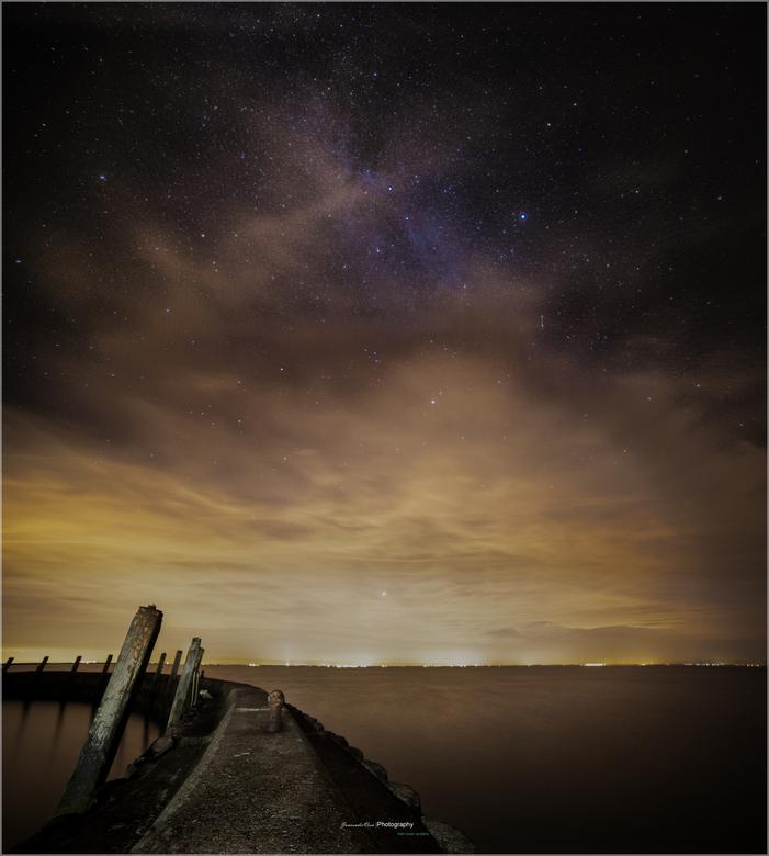star2_vertofb - sterrenhemel met de melkweg met 14 mm samyang