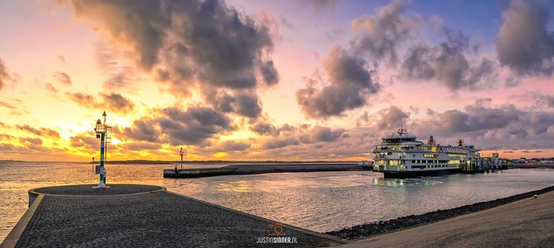 Teso haven en zonsondergang op Texel. - TESO-haven op Texel tijdens zonsondergang. Afgelopen dagen was het genieten zo aan het einde van de dag! <img