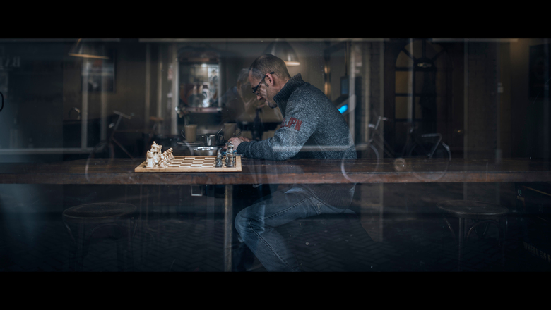 Date with a late chessmate