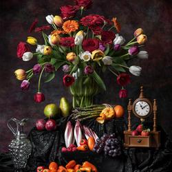 Stilleven met tulpen en roodlof