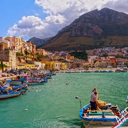 Castellammare del Golfo op Sicilie in italie