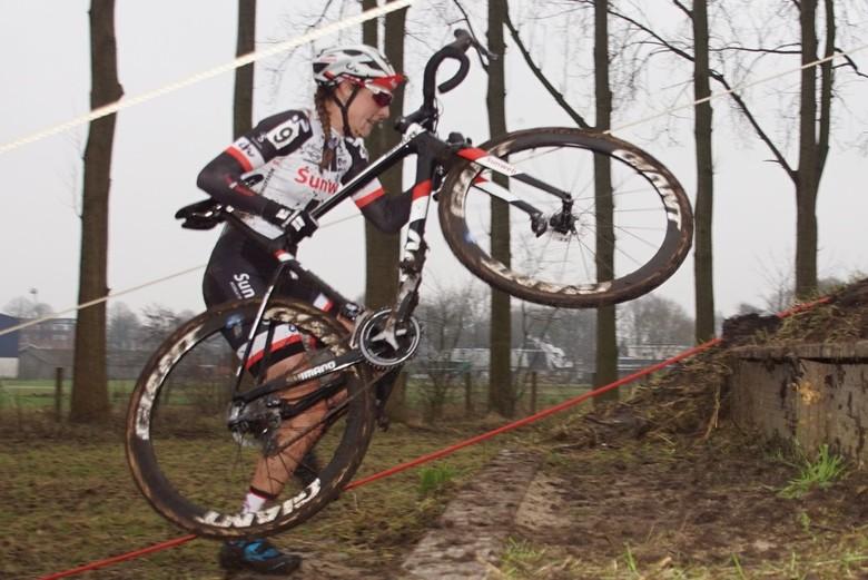 Nederlands kampioene veldrijden