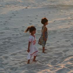 Meisjes op het strand
