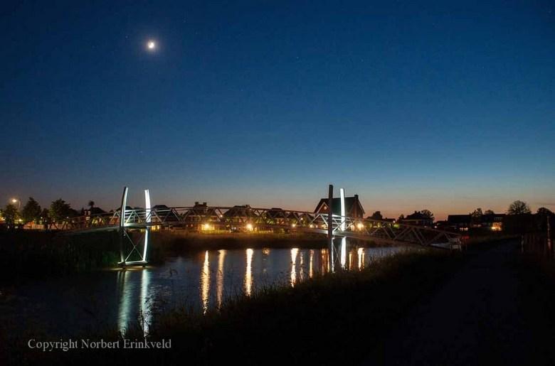 Ulft by Night - Deze foto is bij het DRU Industriepark genomen in Ulft. <br /> Zaterdag 3 mei maar even naar toe gewandeld en deze foto genomen. Het