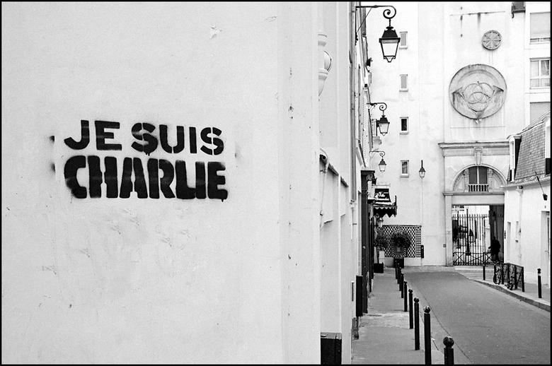 Parijs 94 - Er zijn zo van die momenten dat ik de mensheid totaal niet meer begrijp. En helaas zijn er de laatste tijd nogal wat van die momenten gewe
