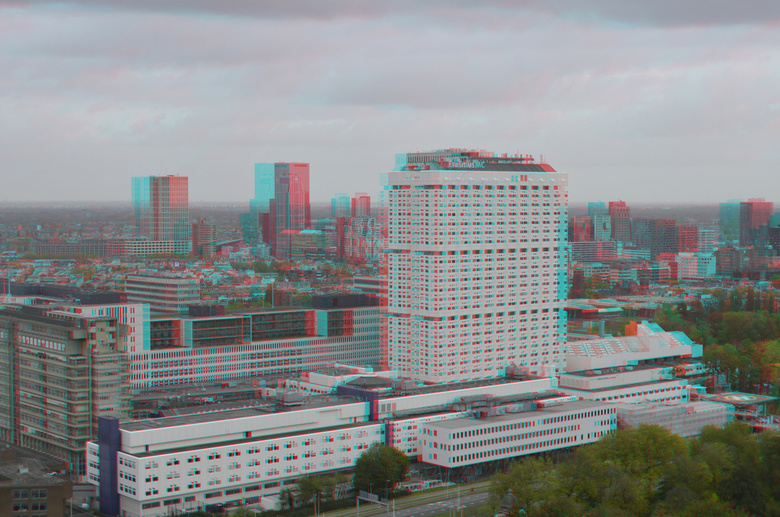 ErasmusMC Rotterdam 3D - ErasmusMC Rotterdam 3D<br /> vanaf Euromast<br /> D7000 cha-cha  hyper-anaglyph red/cyan<br /> 18-200