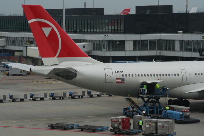NWA Airbus A330 -