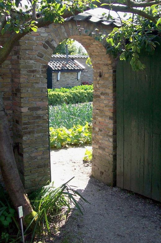 Westland Museum Honselersdijk - In het Westland museum in Honselersdijk kan je alle facetten van de glastuinbouw ervaren. De geschiedenis en de opkoms