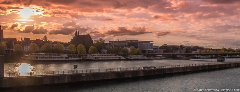 Maastricht - Foto gemaakt vanaf Sint Servaasbrug in Maastricht.