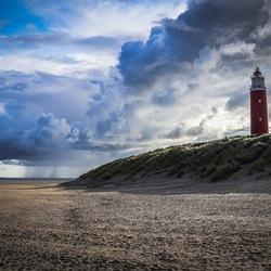 Wolken en regenbui Texel