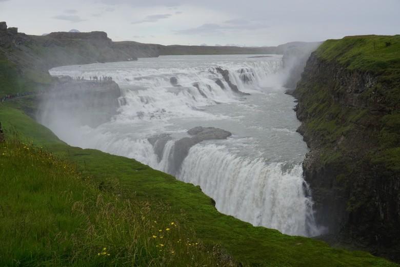 Gullfoss waterval IJsland - Deze foto van de prachtige Gullfoss waterval heb ik gemaakt tijdens onze reis door Ijsland