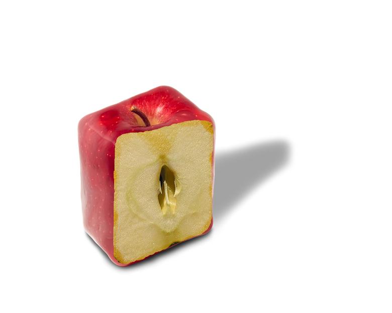 Gesneden Appel - Ik heb me de laatste dagen wat bezig gehouden met bewerkingen doen.<br /> Bij deze een bewerking van een appel. De foto is bewerkt v