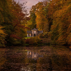 Living between autumn colors