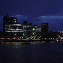 Skyline langs de Thames
