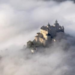 Kasteel in de wolken