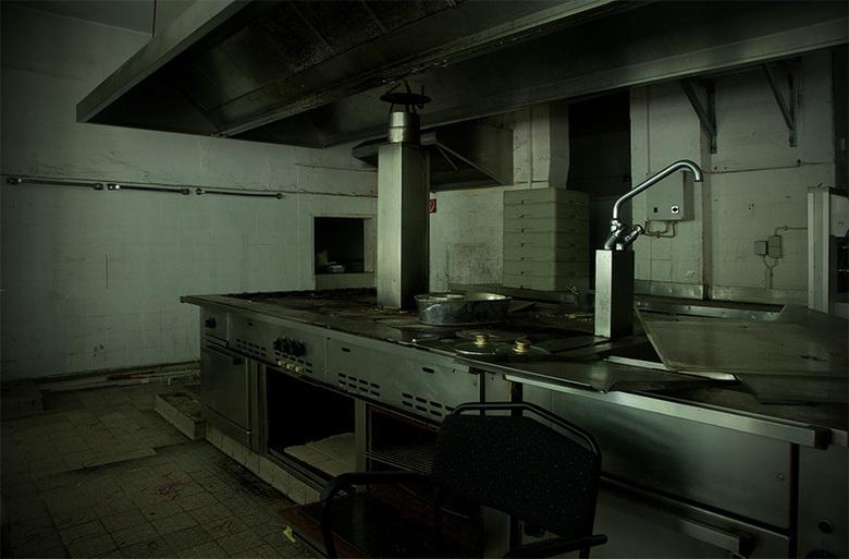 Die küche - kaik <br /> hier die küche<br /> <br /> De scepter (eigenlijk natuurlijk de soeplepel) werd hier gezwaaid door chèf kok Maître Bues. De