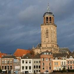 Lebuinuskerk Deventer van de overkant