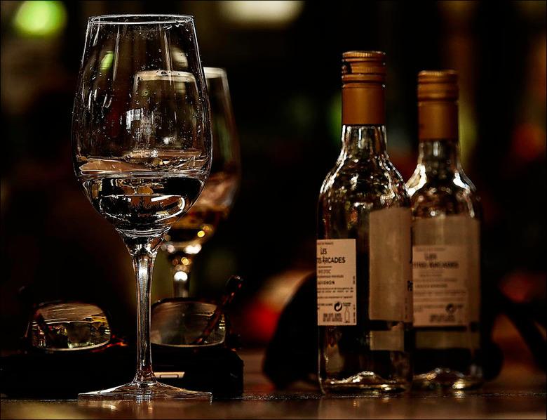 """proost op het nieuwe jaar................. - ik drink dan wel niet, maar goed, voor deze ene keer....<img  src=""""/images/smileys/wilt.png""""/><img  src="""""""