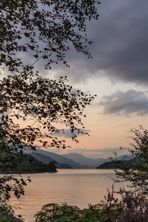 Loch Lomond bij Luss, Schotland -