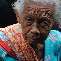 Old Rinkly Woman