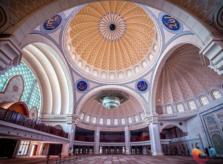 Masjid Wilayah Persekutuan in Malaysia - De prachtige Masjid Wilayah Persekutuan ofwel Federal Territory Mosque is in Kuala Lumpur, Maleisië. Een prac