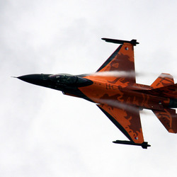 Oranje F16