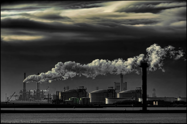 "Making Energy - <span style=""font-weight:bold;"">Making Energy</span><br /> <br /> Deze foto gaat pas &#039;leven&#039; als groot bekeken... <img  sr"