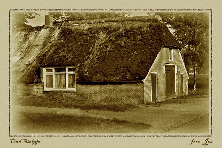 Ben even hier - Ik ben even op vakantie. Een beetje knutselen aan mijn vakantiehuisje in Drenthe. Iedereen fijne dagen gewenst. gr.jos