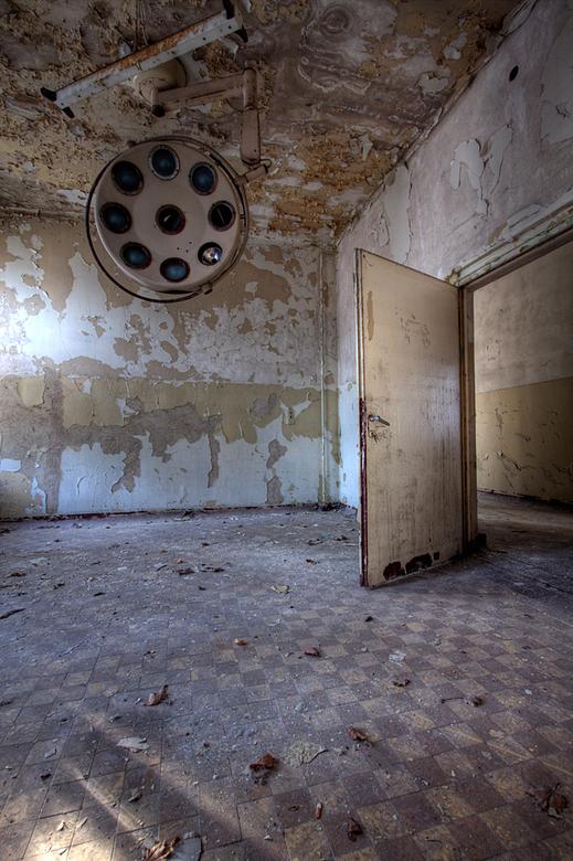 Russian Sanatorium 1 - Op 20-11-2010 hebben Jos,Ewout,bastiaan en ik een bezoek aan dit sanatorium<br /> <br /> Het is een hdr foto<br /> <br /> K