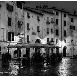 Lucca in de vroege ochtend