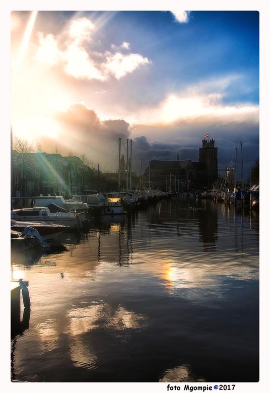 """Dordrecht - Dordrecht afgelopen zaterdag. In het groot zien!<br /> <br /> Bedankt voor de reacties op <a href=""""http://zoom.nl/foto/portret/my-kingdo"""