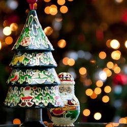 Achter de kerstboom....