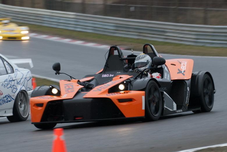 KTM X-bow - Een KTM X-bow in actie op het circuit van Zandvoort