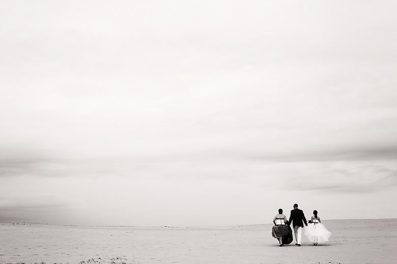 trouwen op de zandvlakte - in deze grote leegte een trouwreportage te mogen maken is een feest