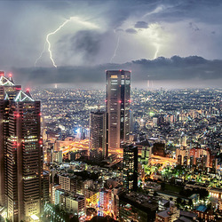 Tokyo lightning