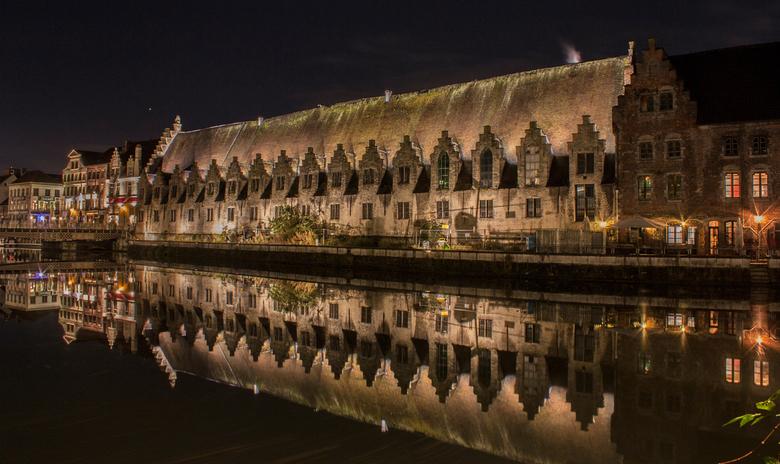 """Gent - oude centrum van Gent <img  src=""""/images/smileys/beer.png""""/>"""
