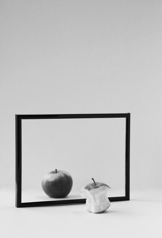 Don't let your mind bully your body - Ik doe mee met de NRC fotowedstrijd, zouden jullie op mij willen stemmen? dankjewel! Het thema is eten, hierbij