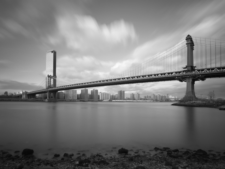 Manhattan Bridge - Brooklyn Bridge in New York